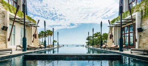 Mantra Sakala Resort & Beach Club - Beach Club Infinity Beachfront Pool