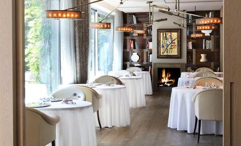 阿布奥西餐厅酒店 - ABaC Gourmet breakfast served in the Petit Salon