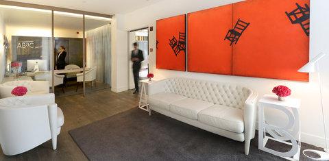 阿布奥西餐厅酒店 - Lobby and Reception area