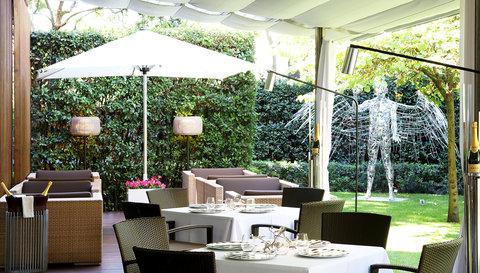 阿布奥西餐厅酒店 - ABACRestaurant