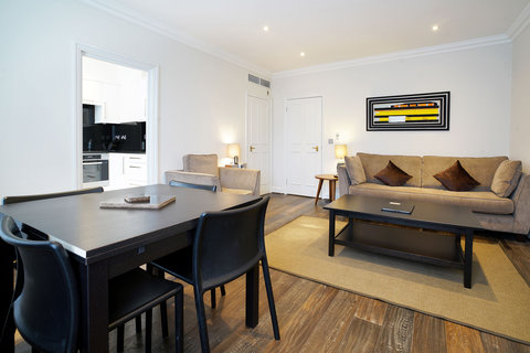 Manson Place - One Bedroom Apartment
