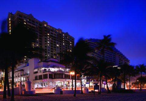 Marriott's BeachPlace Towers - Exterior
