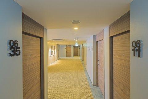 Holiday Inn Express Bangkok Sathorn - Hallway - Holiday Inn Express Bangkok Sathorn