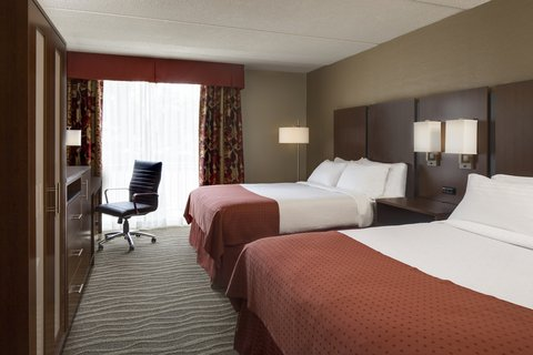 Holiday Inn Hotel & Suites DES MOINES-NORTHWEST - Queen Bed Guest Room