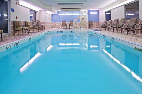 Holiday Inn Express ELKHART NORTH - I-80/90 EX. 92 - Swimming Pool