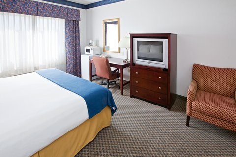 Holiday Inn Express ELKHART NORTH - I-80/90 EX. 92 - King Bed Guest Room