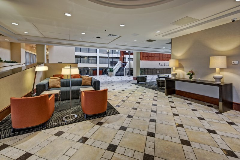 Hilton Knoxville Airport - Alcoa, TN