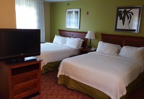 TownePlace Suites Sioux Falls - Queen  Queen Studio Suite - Sleeping Area