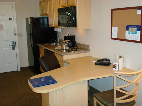 Candlewood Suites BEAUMONT - Double Bed Guest Room