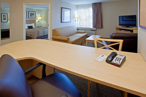 Candlewood Suites BEAUMONT - Suite
