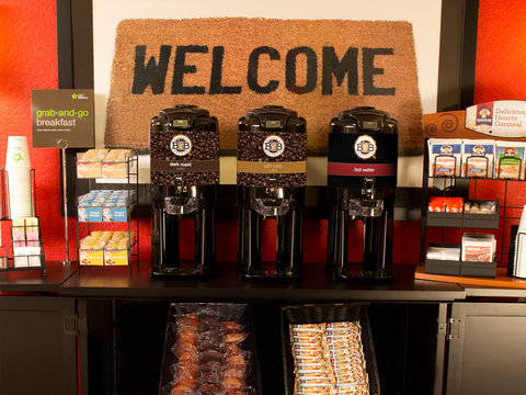 Extended Stay America Denver Tech Center Central Hotel - Free Grab-and-Go Breakfast