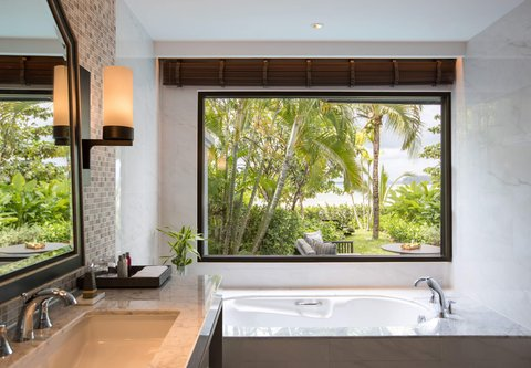 منتجع وسبا بوكيت ماريوت، ناي يانغ بيتش - Beachfront One-Bedroom Plunge Pool Suite- Bathroom