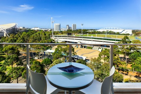 Quest at Sydney Olympic Park Serviced Apartments - Balcony