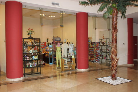 Crowne Plaza TUXPAN - Gift shop and souvenirs