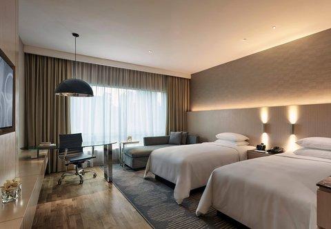 Renaissance Kuala Lumpur Hotel - Deluxe Twin Twin Guest Room
