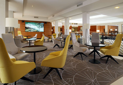 Cologne Marriott Hotel - Pl sch Bar   Lounge - Seating Area