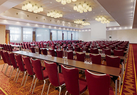 Cologne Marriott Hotel - Forum 2 Conference Room