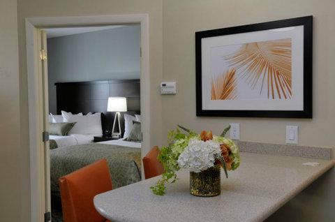 Staybridge Suites ST. PETERSBURG DOWNTOWN - One bedroom Suite