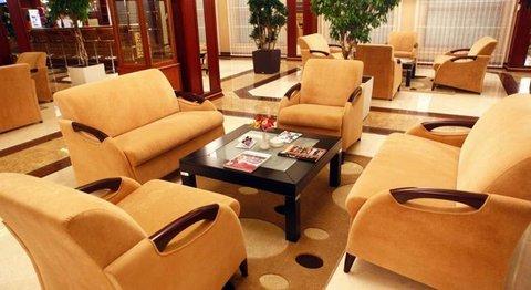 Modern Hotel - Modern Hotel lobby bar
