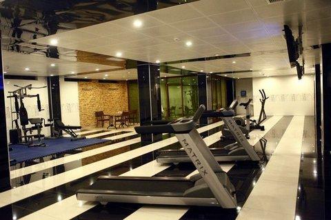 Modern Hotel - Modern Hotel gym