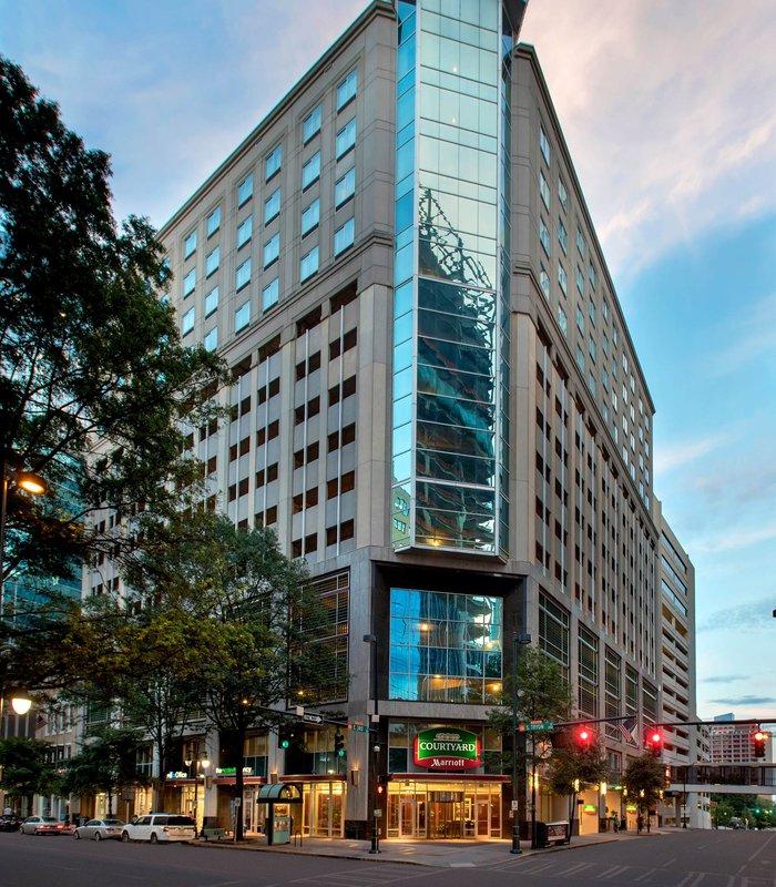 Hilton Garden Inn Charlotte Uptown In Charlotte Nc 28202 Citysearch