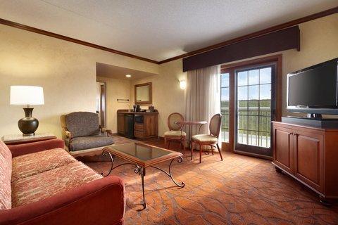 Chateau on the Lake Resort and Spa - Ambassador King Lakefront