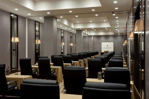 Hutton Hotel - Hutton Meeting- Hillsboro