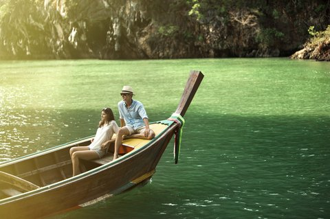 Point Yamu By Como - Couple on Longtail Boat