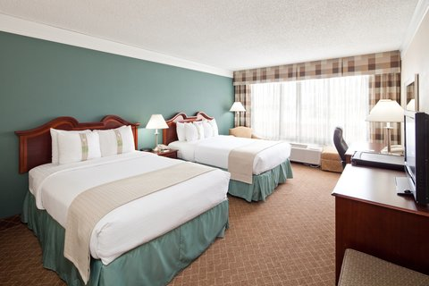 Holiday Inn Cleveland-Mayfield Hotel - Double Bed Guest Room