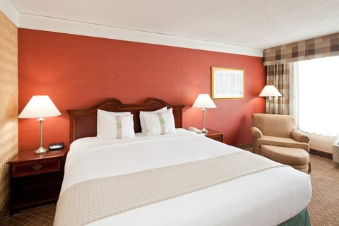 Holiday Inn Cleveland-Mayfield Hotel - King Bed Guest Room