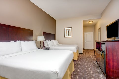 Holiday Inn Express & Suites GALLIANO - ADA Handicapped accessible Two Queen Guest Room Holiday Inn Ex  La