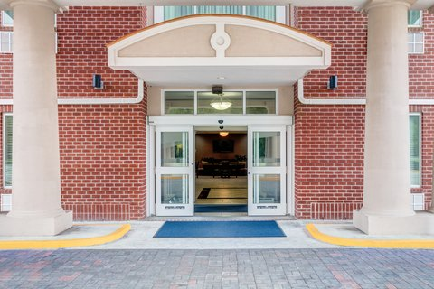 Holiday Inn Express & Suites GALLIANO - Entrance Holiday Inn Express and Suites Cutoff Loiuisiana