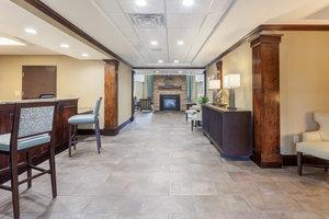 Lobby - Staybridge Suites Greenville