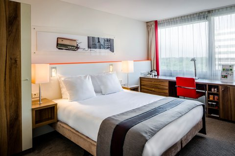 Holiday Inn EINDHOVEN - Queen Room