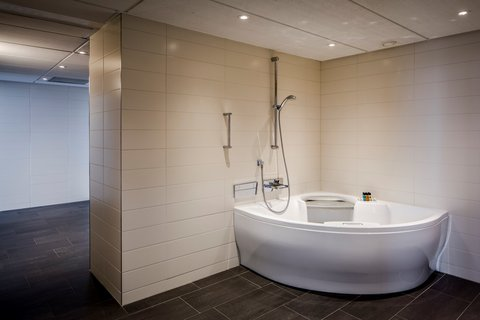 Holiday Inn EINDHOVEN - Presidential suite - Jacuzzi