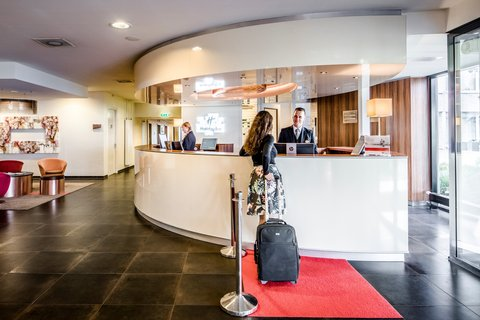 Holiday Inn EINDHOVEN - Our employees will welcome you with a smile