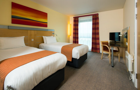 Holiday Inn Express HAMILTON - Need a caffeine kick  Make yourself a cuppa in your comfy room