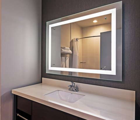 Holiday Inn Express & Suites KILLEEN - FORT HOOD AREA - Standard Guest Bathroom