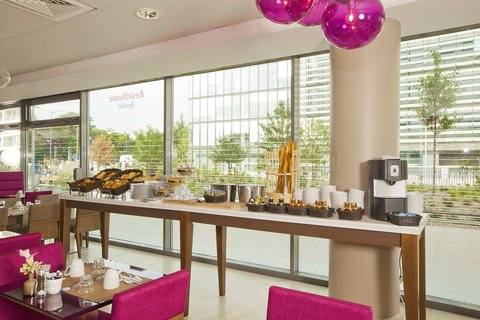 Residhome Paris Issy Les Moulineaux - Buffet Breakfast
