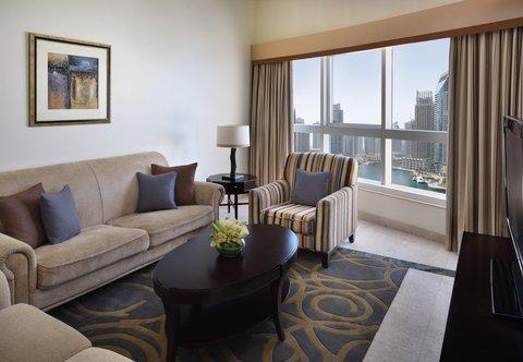 فندق ماريوت هاربر دبي - Three-Bedroom Sea View Suite - Living Room