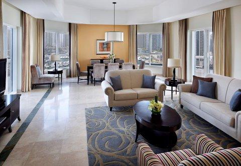 فندق ماريوت هاربر دبي - Three-Bedroom Suite - Living Room