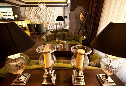 National Hotel - Lounge Bar