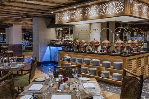فندق كراون بلازا ديرة دبي - Spice Island Buffet
