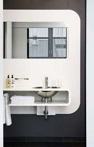 25hours Hotel Hamburg No 1 - Bathroom MRoom