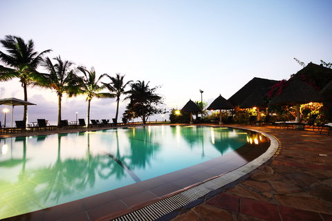 Sea Cliff Hotel - Main