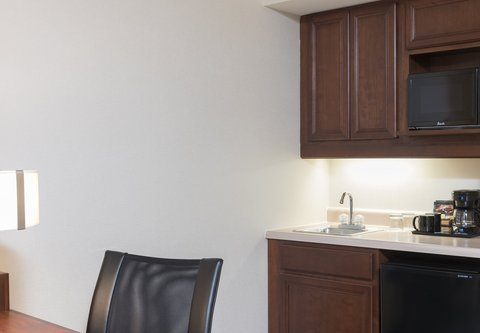 SpringHill Suites Chicago O'Hare - Suite Kitchenette
