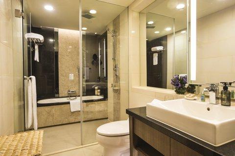Ascott Huai Hai Road Shanghai - Bathroom Of One Bedroom Executive