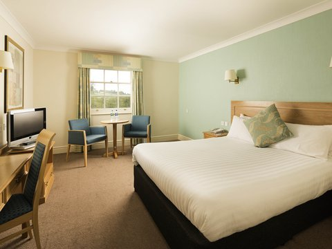 Mercure Gloucester Bowden Hall Hotel - Guest Room