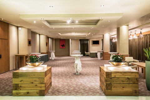 Crowne Plaza DUBLIN - NORTHWOOD - Pre-function Area