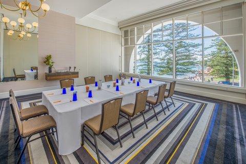 Crowne Plaza TERRIGAL - Meeting Room